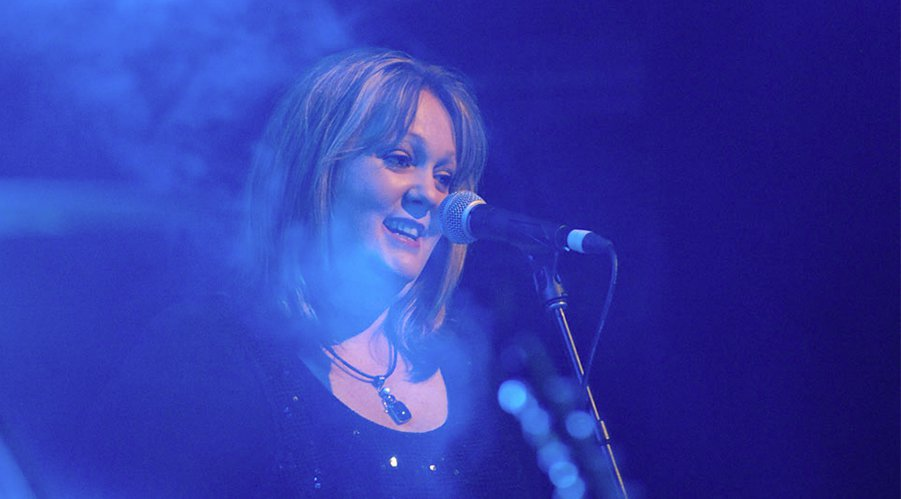 Jo Christie - BACKING & LEAD VOCALS