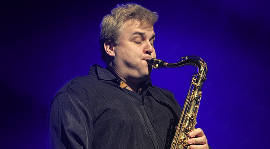 Andrew Houston - TENOR & BARITONE SAXOPHONE